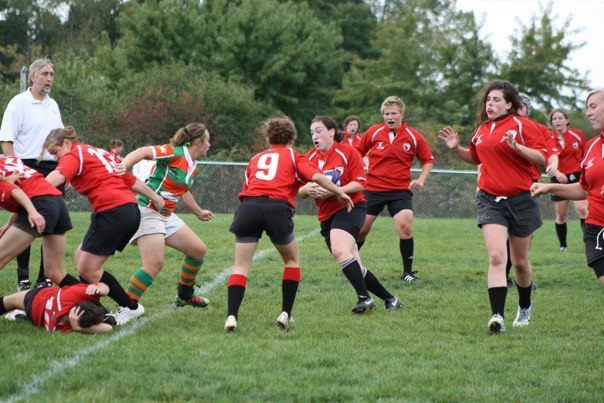 Wisconsin prop Elisa Becker running a hard crash ball.